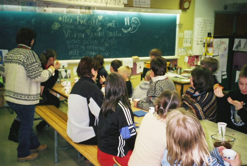 Oksvik skole 2003